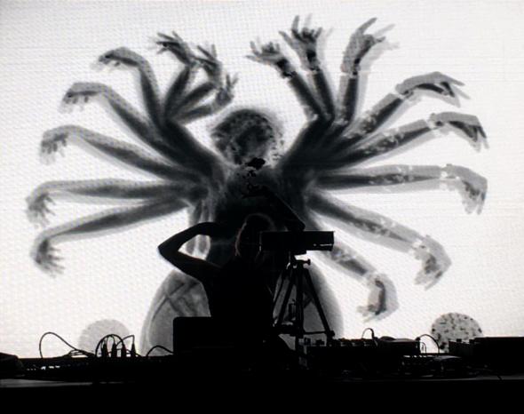 Sinjin & Zora AV Live 95