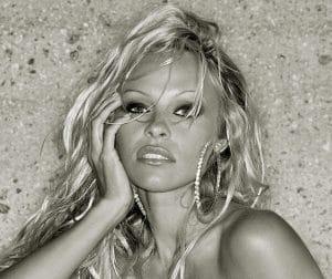 Pamela Anderson (c) Presse Elevate